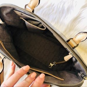 Michael Kors Bags - Michael Kors/ Cindy Large Dome Satchel